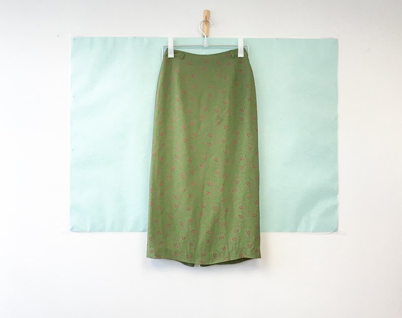 ... {Acorn girls :: vintage half skirt} green short red dress floral half-length skirt