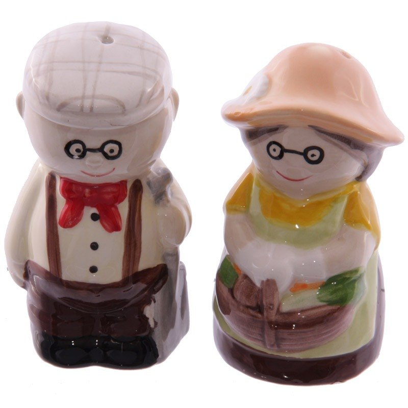 Salt and pepper pot gardening grandparents group