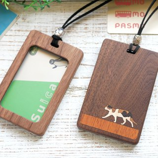 Wooden pass case with window 【Mikuri cat】 IC card perfect size