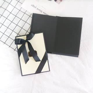 A5 British wind strap black card manual book - extended type inner page phase this card book