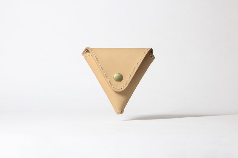 #001 Triangle Coin Holder.