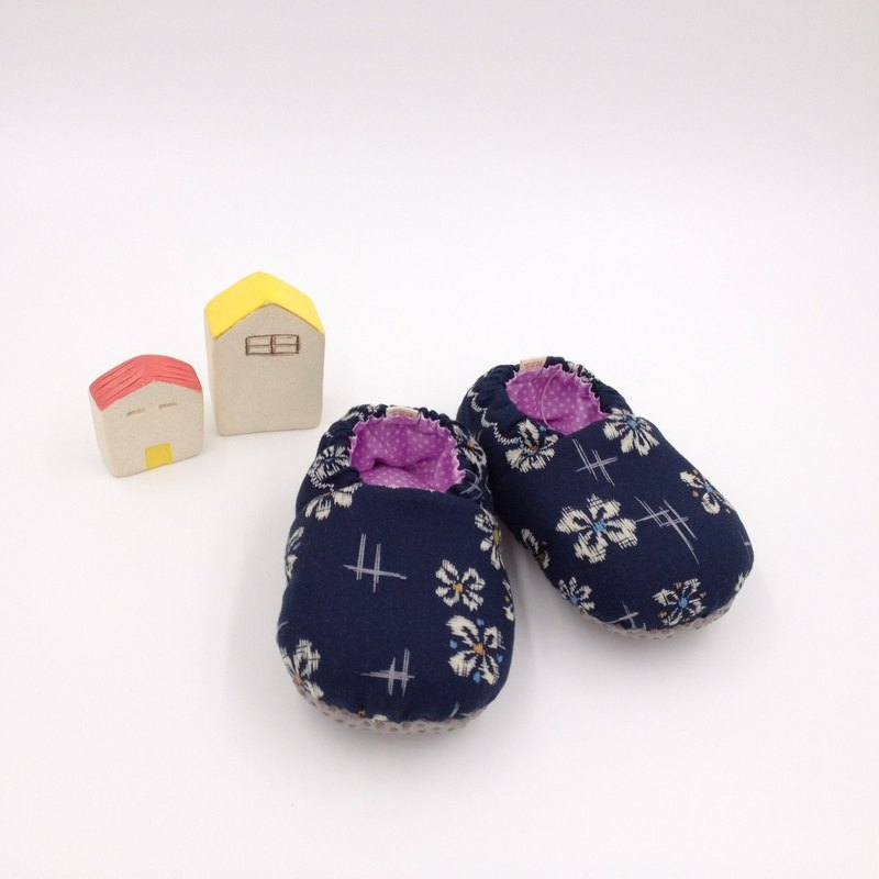 Indigo white flower - toddler shoes / baby shoes / baby shoes