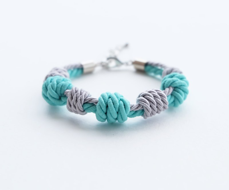 Matte mint / Light gray knot rope bracelet