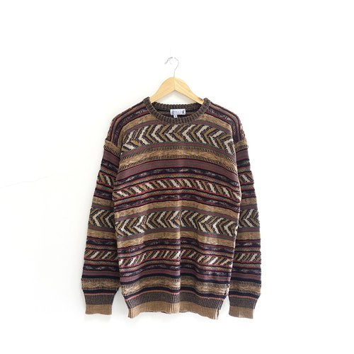│Slowly│ Direction - vintage sweater │ vintage. Vintage. Art. United States