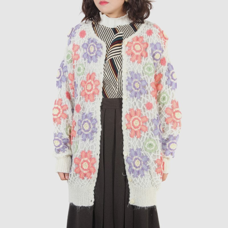[Egg Plant Vintage] Sugar-colored flower-shaped wool woven vintage cardigan sweater coat
