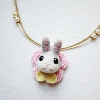 Petwoolfelt- Needle-felted light grey rabbit 2-ways accessories(necklace+brooch)