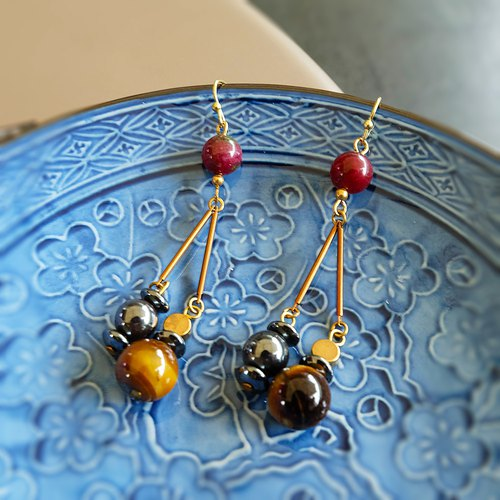 Tiger eye with hemaltite stone earrings (brass hook)
