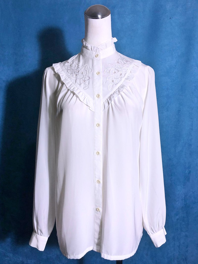 V-neck ruffle collar long sleeve vintage shirt / bring back VINTAGE abroad