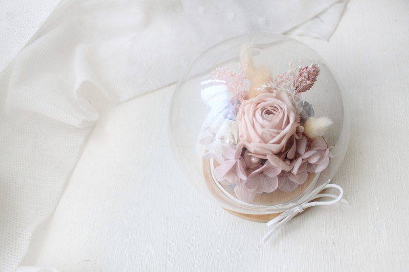 English colorful time ball, small island forest pink eternal rose glass ball