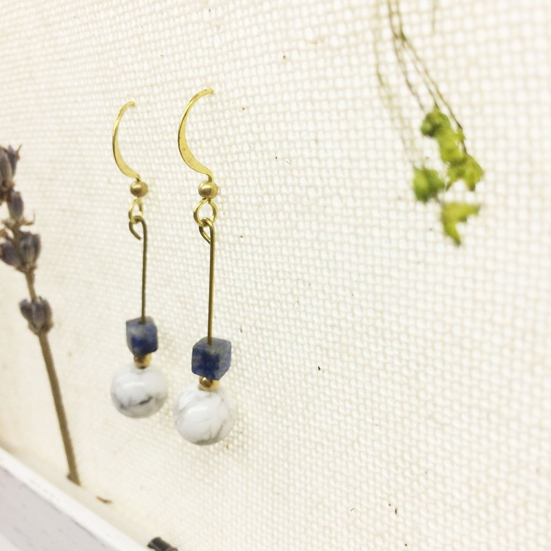 Old forest groceries l natural stone brass earrings white turquoise / soda stone ear hook l ear pin l ear clip