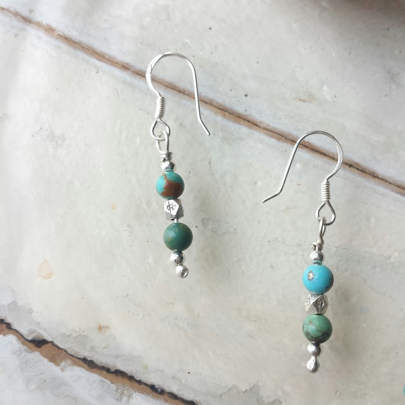 Ethnic style turquoise sterling silver beads earrings