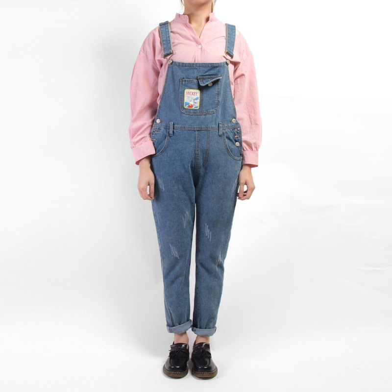 │moderato│ playful vintage denim suspenders │vintage. Forest retro. British literature and art. Japanese girl