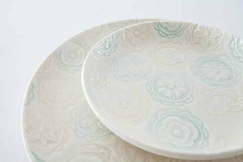 Bloom platter (small)