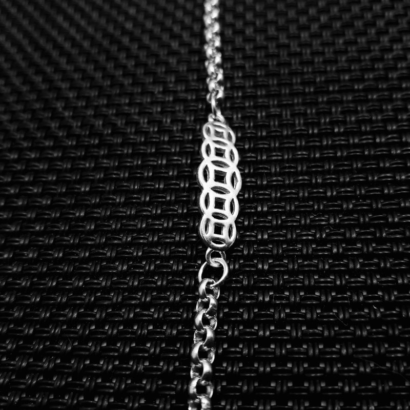 Z11 (can be typed) 925 sterling silver bracelet. Customized English alphanumeric.