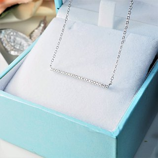 [Lalune] 925 sterling silver Don't look down Don't be frustrated with a short diamond stud chain