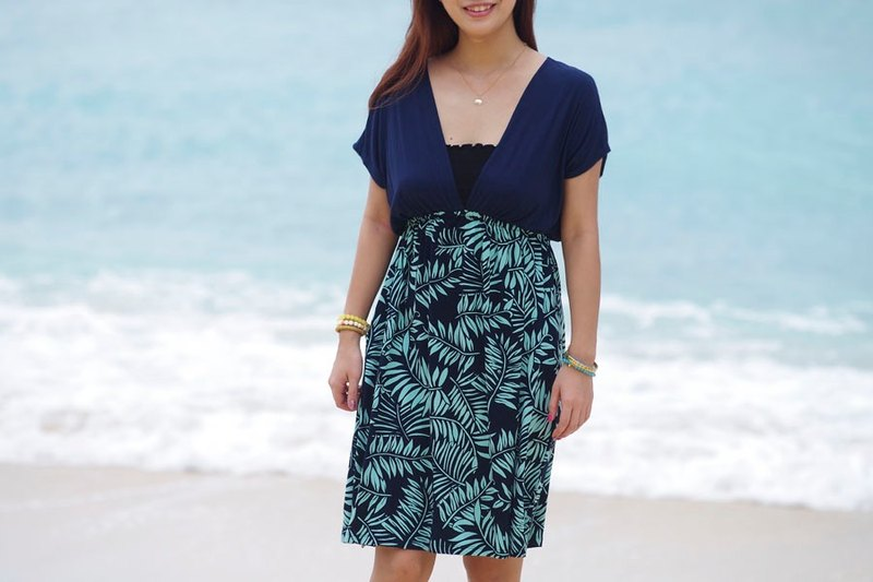 2017 Summer New! Leaf Pattern V-neck dress <navy mint>