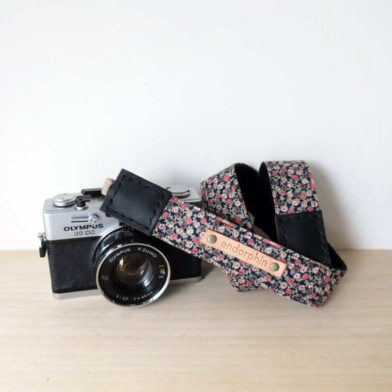 [Endorphin] handmade camera strap leather + cotton + metal buckle [GARDEN Garden Series - Rose Love]