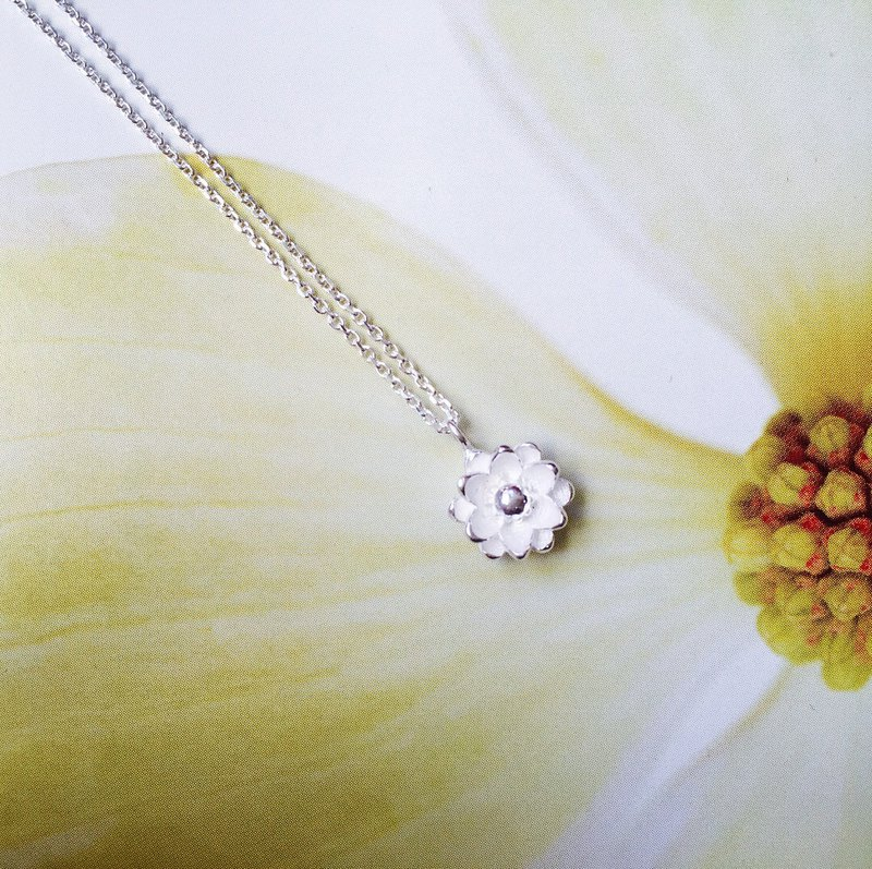 925 sterling silver pure white [Lotus necklace]