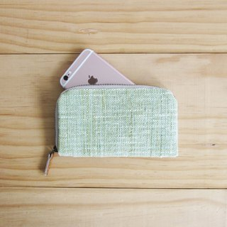 2 Check Pattern Flower Brooch with I-Phone 6 Plus case
