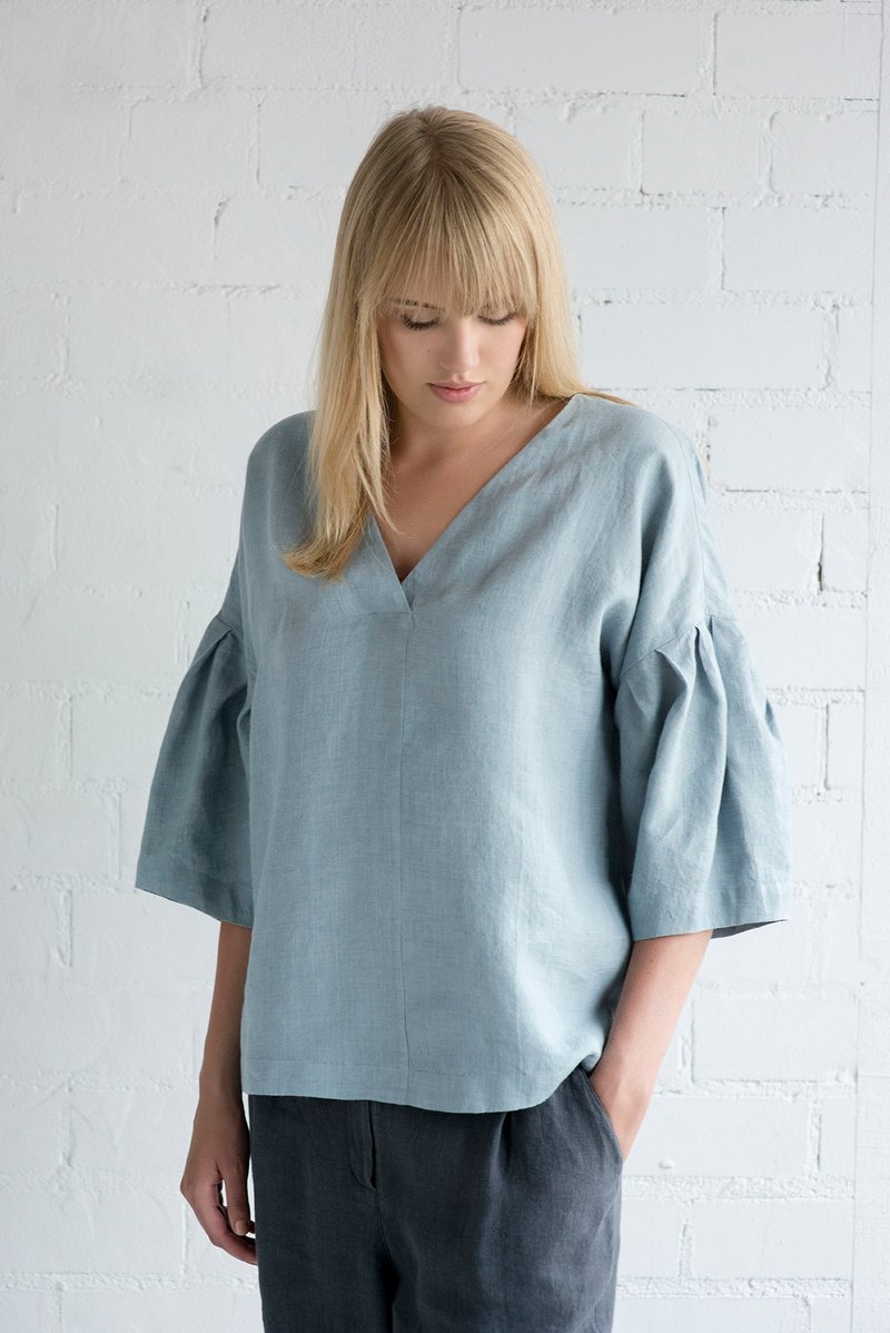 Linen Blouse Motumo – 17P2 / Handmade loose linen summer blouse with 3/4 sleeves