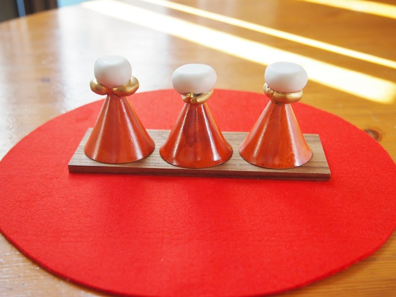 Hina dolls cups Three maidens set