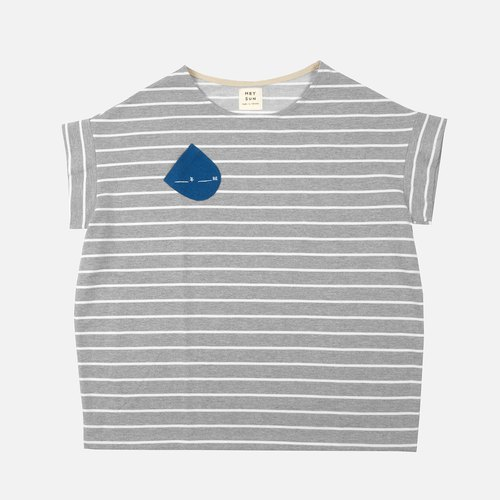 [HEYSUN]_Year _ class irregular pocket stitching stripe T-shirt-gray