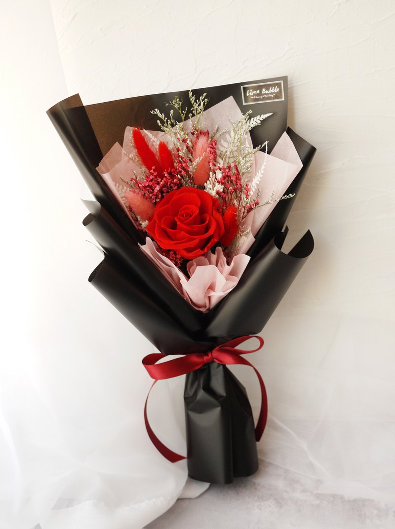 Classic red extra large bouquet of roses (rose diameter about 7cm)