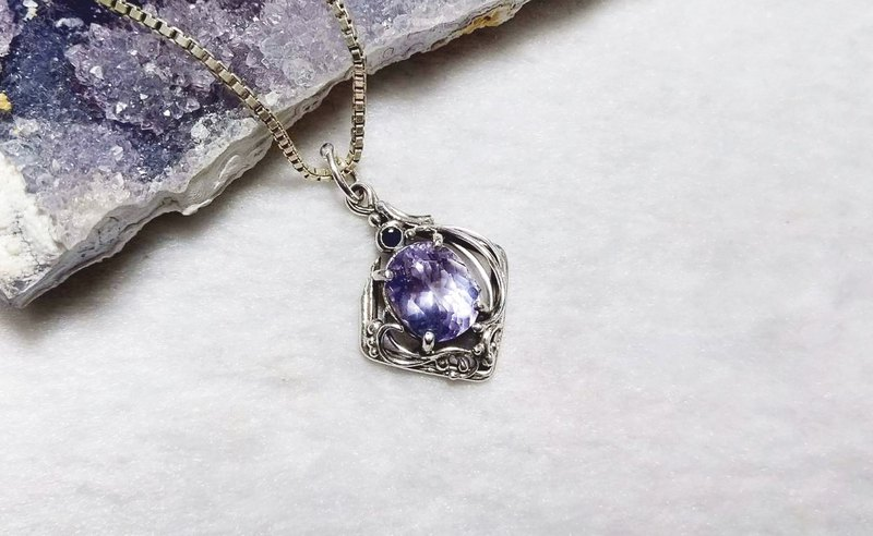 <Gemstone Series> Purple Apatite Design Pendant