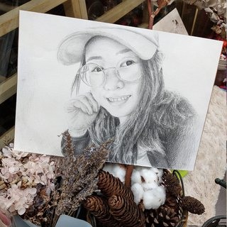 Custom portrait / pet sketch A5 with box (a pet / price)