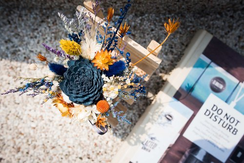 Third Floor【Orange Creek】Adulve Fragrant Flowers|Dark Blue Satin|Table Flowers|Dry Flowers|Eternal Flowers|Without Flowers