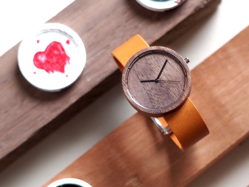 Nakari watch Walnut Tan Men size