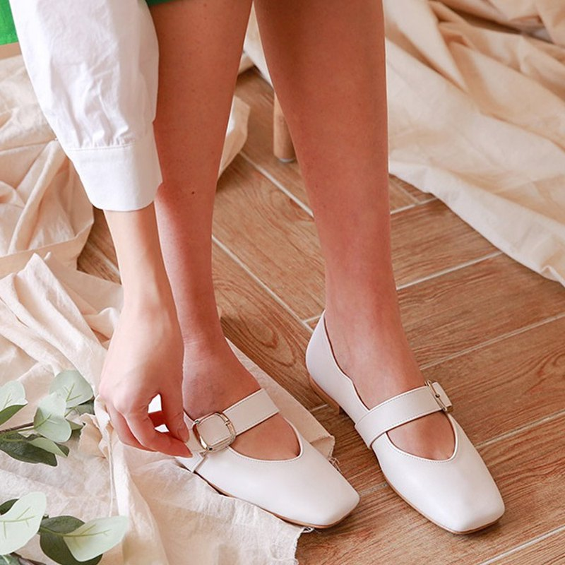 PRE-ORDER – MACMOC  Windy (WHITE)  FLAT SHOES