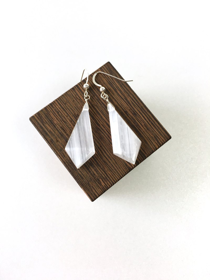 Selenite 14kgf, SV925 Hook-earring