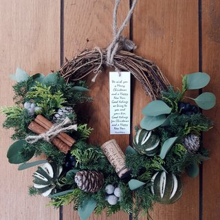 Grassy fruit Christmas wreath half circle | Christmas gift | (dryable wreath) Taipei can take it