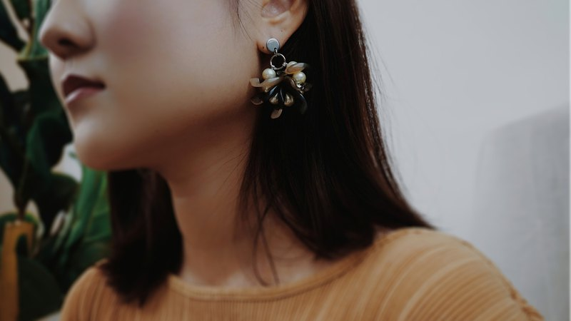IVY Earrings //BIRCH