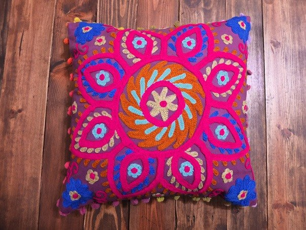 【Grooving the beats】Handmade Suzani Cushion Cover / Embroidery Pillow cover / Indian Handcrafted Embroidered Traditional Home Decorative / Cotton Cushion Cover / Home Decor Hand Embroidered Woolen Turkish Cushion Cover/ Pillow Case(Flower_Purple fabric)