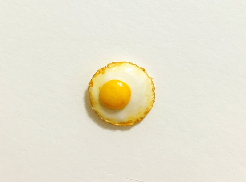 Micro-focus poached egg earrings (single) (can be modified ear clip type) ((600 random send mystery gift