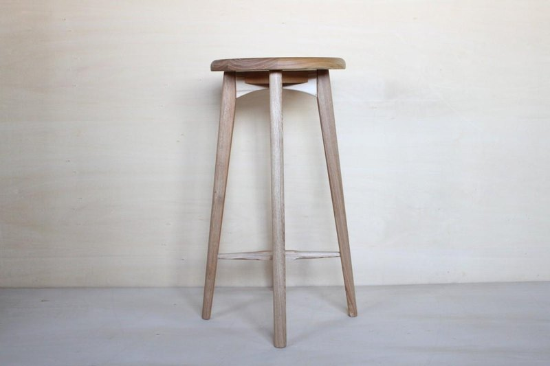 Kitchen stool A · Black Ash