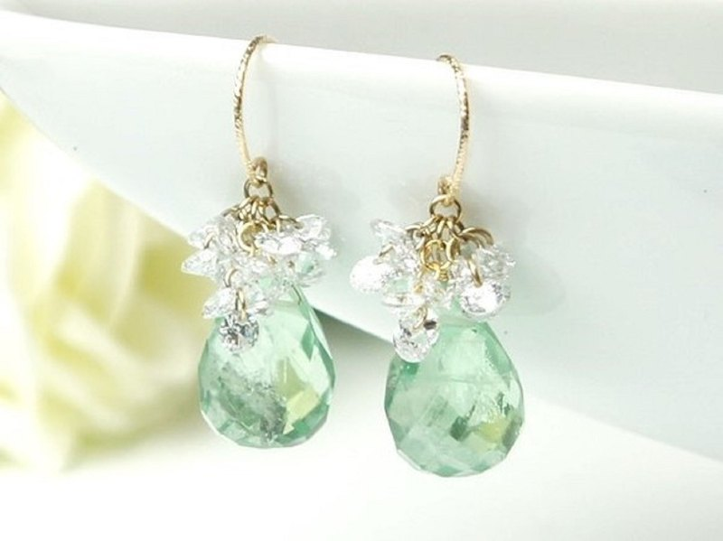 Green Fluorite and CZ of 14kgf Drop Pierced Earrings