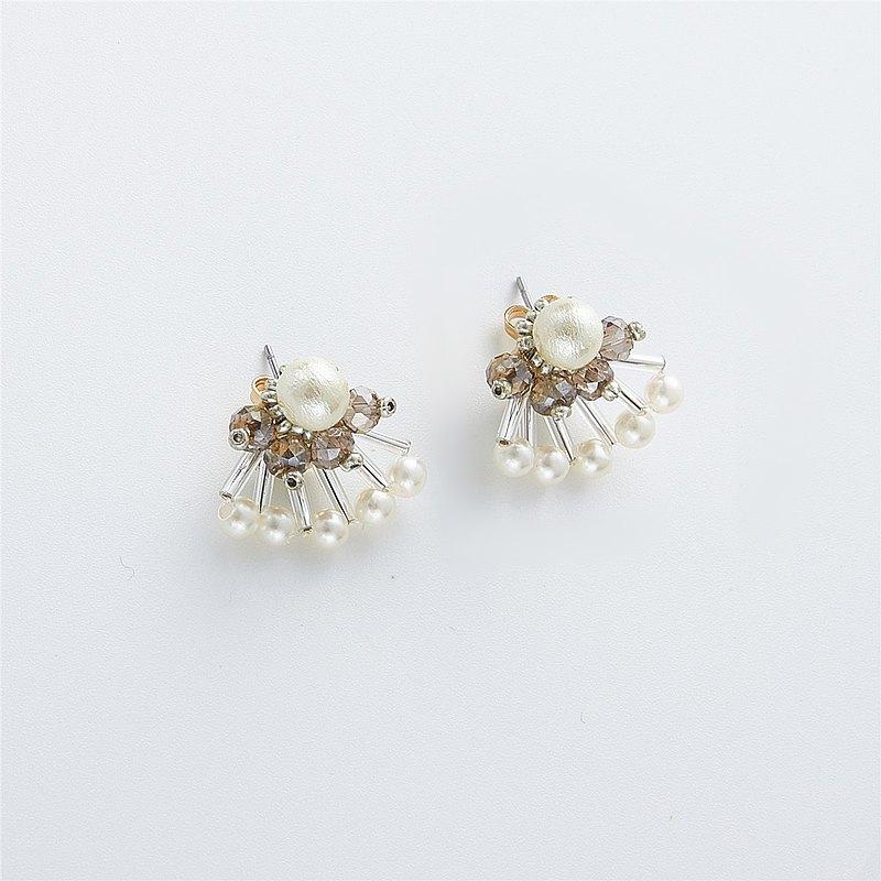 純手工編織日本棉花珠扇形復古耳釘耳環