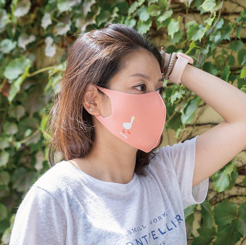 2色-老天鵝─3D立體透氣抗菌口罩
