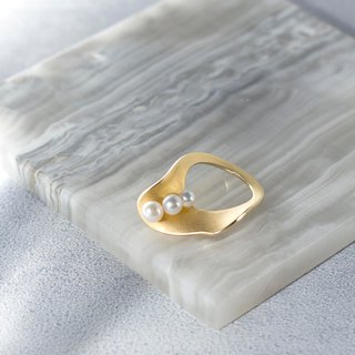 Golden Shell Pearl Ring Pearl Shell Ring