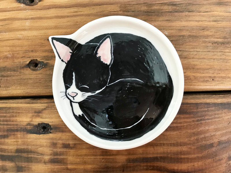Black cat group underglaze painting hand-squeezing tray 1