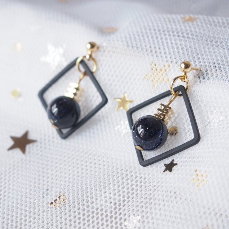Starry blue sandstone, black metal plated geometric square, temperament earrings