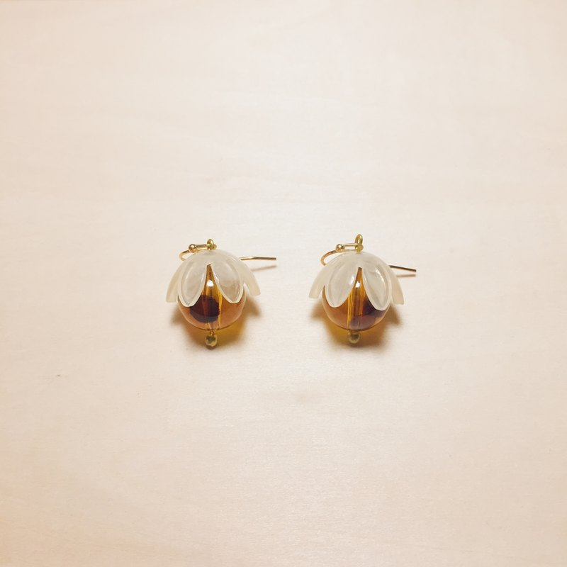 Vintage Lychee Amber Beads Fruit Earrings