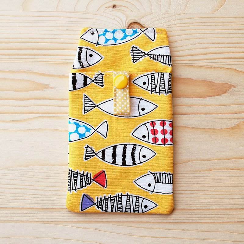 Color small fish pocket pencil case _ yellow / attached document bag