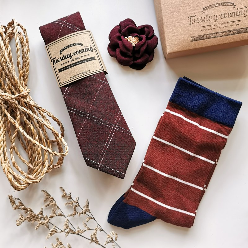 TIE TO TOE Box Set - Maroon red necktie, flower lapel pin and red stripe sock