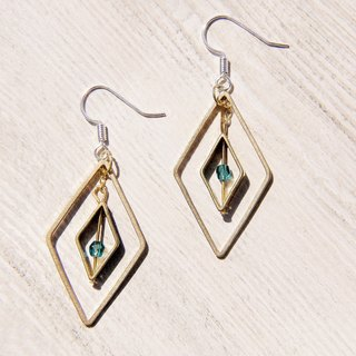 / Simple sense / vintage golden tone brass earrings - Diamond geometric aesthetics (can change the clip)