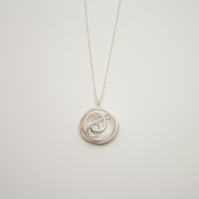 Rose Cinnamon Roll Necklace
