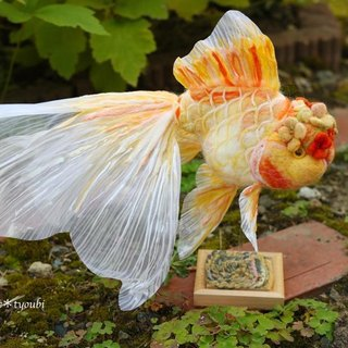 Needle felted goldfish Flower cap oranda-Yellow-